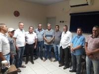 Em reunião com taxistas, presidente da Câmara sugere implantação do Táxi Cidade em Cacoal